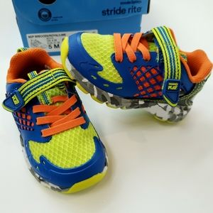 NIB[Stride Rite]5M Toddler Leather Upper Sneakers